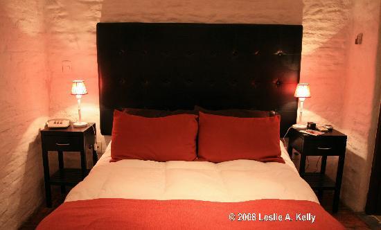La Mision Bedroom