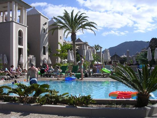 Marylanza Suites & Spa: Kids pool