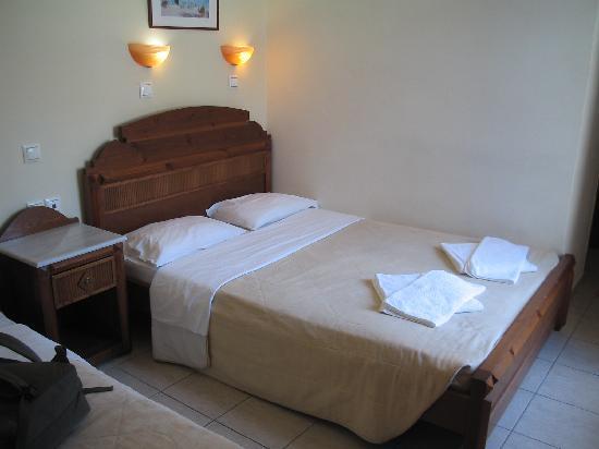 Antonia Hotel Santorini: habitación (2)