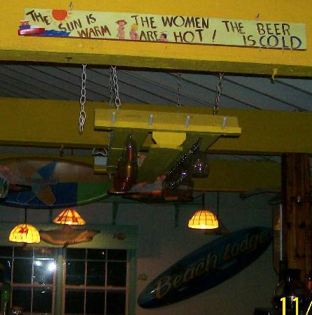 The Beach Lodge: Restaurant/Bar