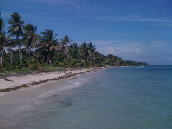 Little Corn Island, Nikaragua: Beach near Carlitos