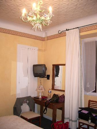 Hotel Gardenia : spacious room