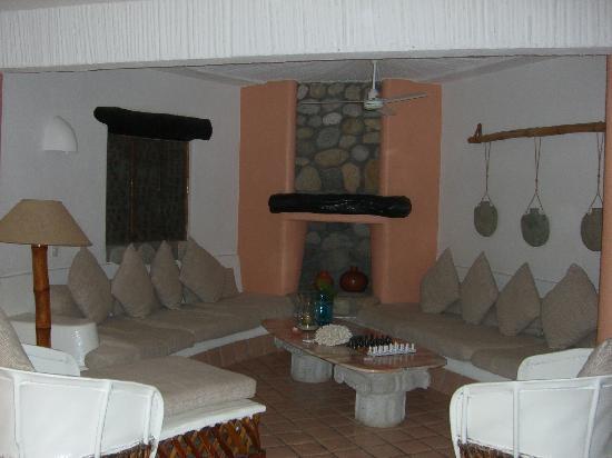 Club Cascadas de Baja: Living Room