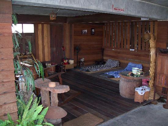 HI-Sukhumvit: Roof top terrace