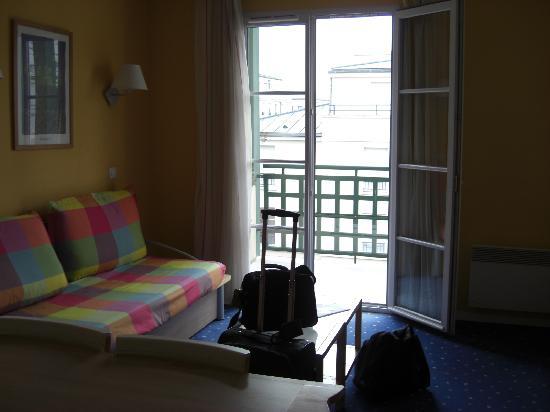 Single bed - Foto van Novotel Suites Reims Centre, Reims - TripAdvisor