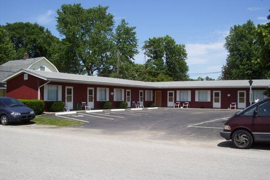 Rockville, IN: Motel Parking lot