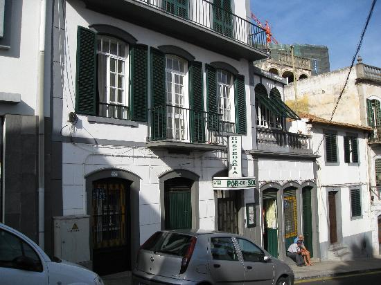 The exterior of Hospedaria Por do Sol - the adjacent  bar is on the right.