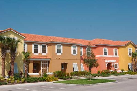 Encantada -The Official CLC World Resort: Townhouses with own pool