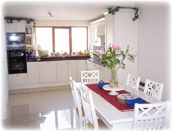 Gannon's B&B: Great for cooking the evening meal..