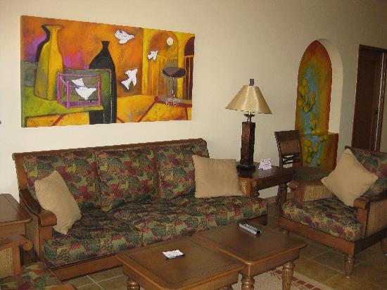 The Royal Haciendas All Suites Resort & Spa: living room