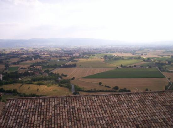 Hotel San Francesco: View of Umbria