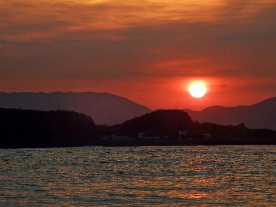 El Rancho Perla Negra: Manzanillo sunrise