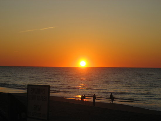 Montauk, Estado de Nueva York: Sunrise on a cloudless morning