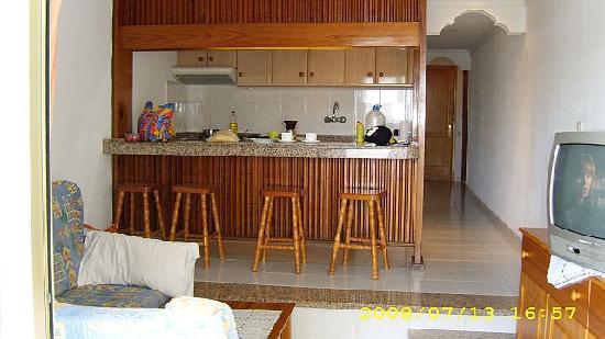 Paraiso Maspalomas: Wohnzimmer,Küche, Flur
