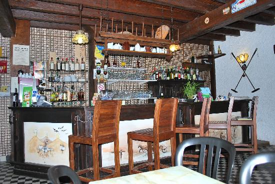 Le Ranch des Lacs: Hotel Bar
