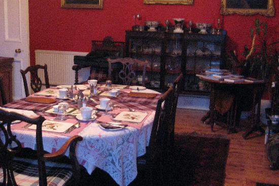 Number 21 : View of dining room