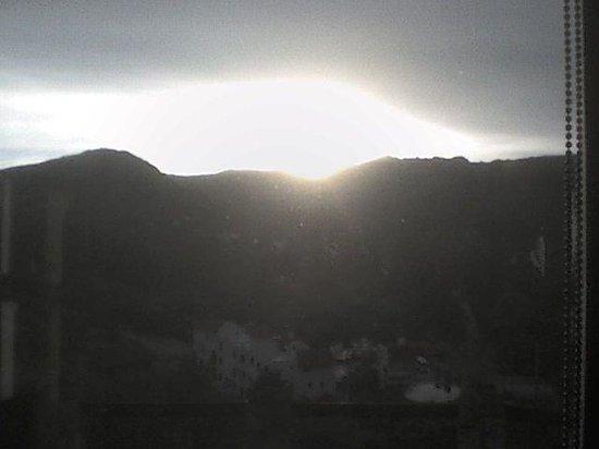 La Cumbrecita, Argentina: El sol se esconde tras las sierras