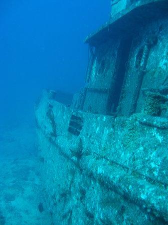 Dive Exuma: Tug boat