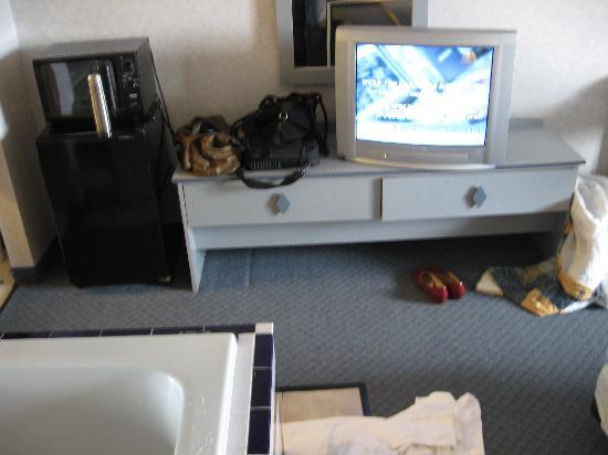 Inn Atlantic City Absecon: TV/fridge/microwave