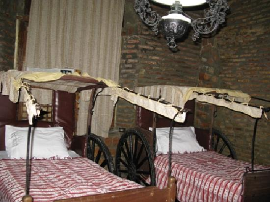 Grandpa's Inn: check out these beds