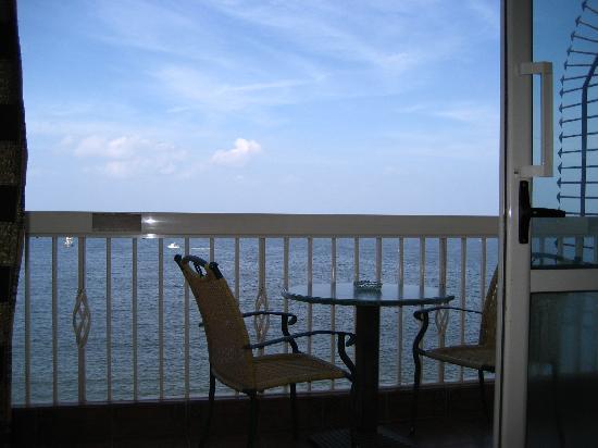 Union Hotel: balcony