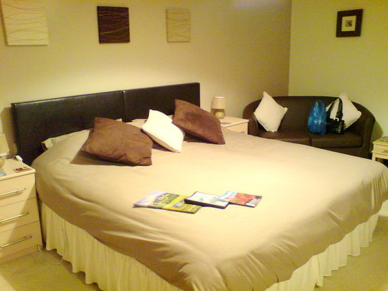 Holly Grange Guest House: Bedroom at Holly Grange