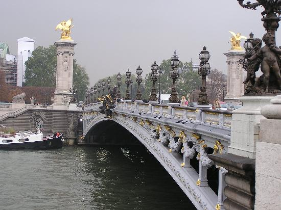 باريس, فرنسا: Le pont Alexandre