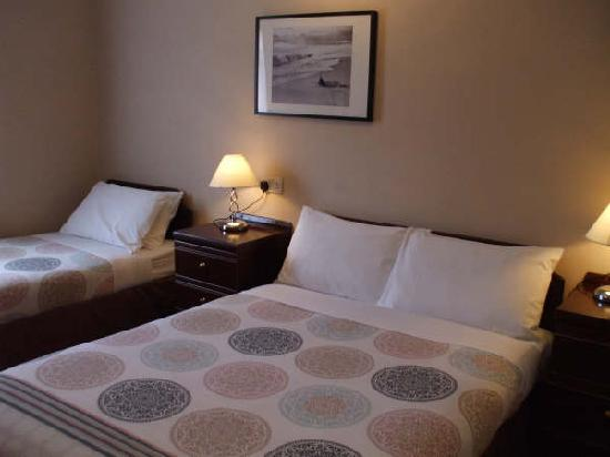 Nags Head Hotel: very comfortable bedrooms