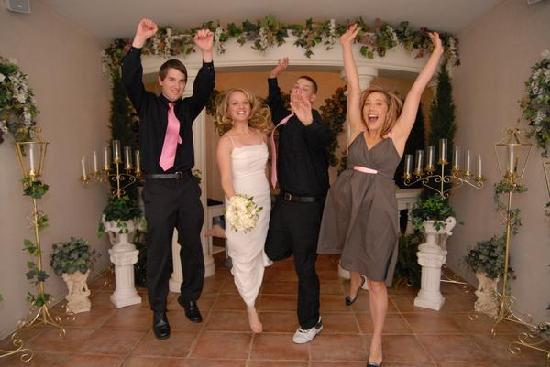 Vegas Wedding Chapel : Just for fun