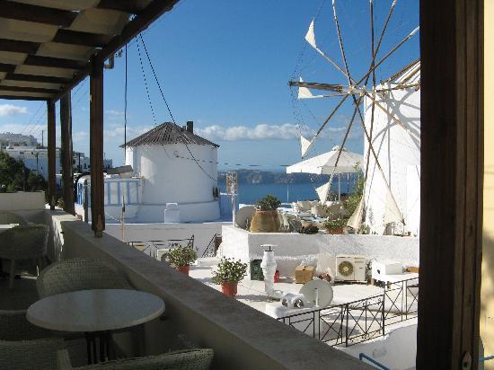 Sofia Hotel Santorini : Balkon mit Aussicht