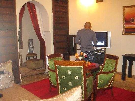Riad Taylor: The Sultan living area