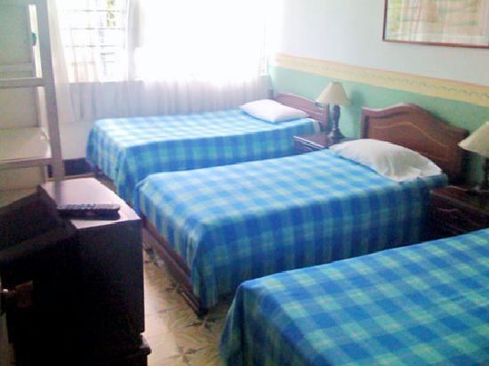 Hostal La Colina: one room