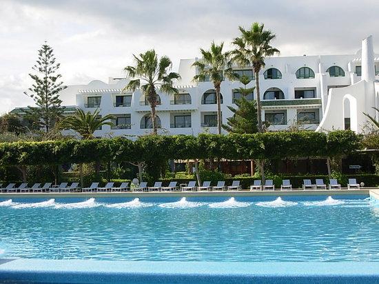Hasdrubal Thalassa Hotel & Spa Port El Kantaoui: Hôtel+piscine
