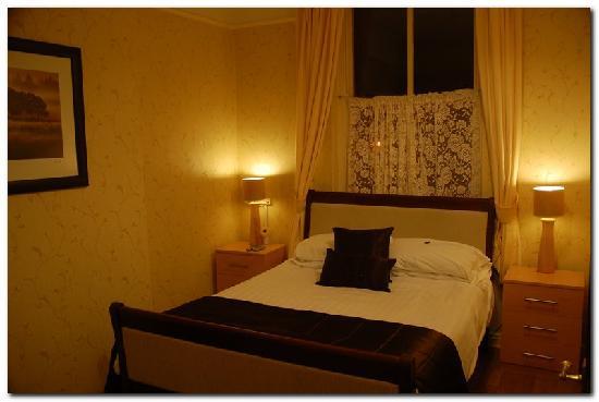 Beech Mount Hotel: Comfortable bed