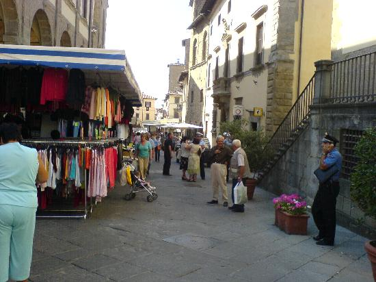 Sansepolcro, İtalya: Market Day