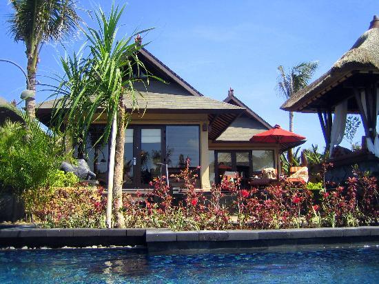 The St. Regis Bali Resort : Backside of villa