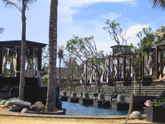 The St. Regis Bali Resort: Pool Area
