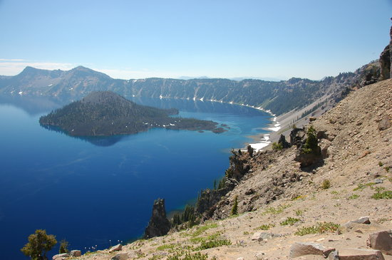 Crater Lake National Park, OR: Note the snow-this was in Aug!!