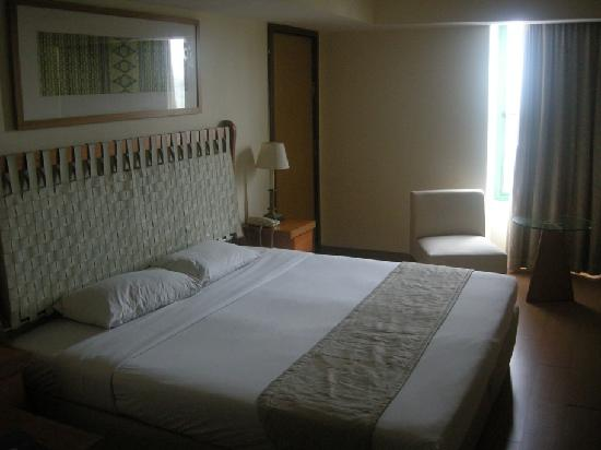 JA Residence Hotel: the bed, not quite clean especially pillows