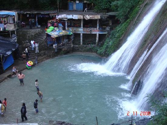 Kempty Falls: The grand bath tub:Kempty Fall