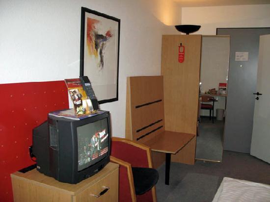 IntercityHotel Gelsenkirchen: Intercity Gelsenkirchen - room view