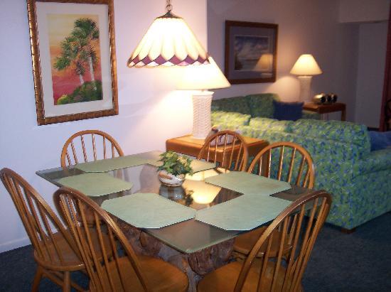 Oceanique Resort: Dining area