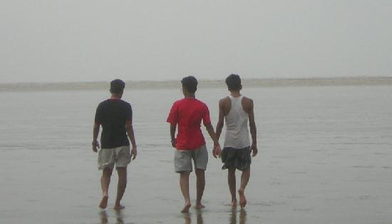 strolling on the chandipur beach
