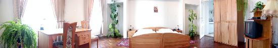 Pension Fontana Svitavy: Suite Leona - bedroom - panoramatic photo