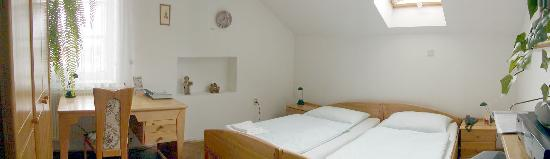 Pension Fontana Svitavy: Suite Lucie - bedroom - panoramatic photo
