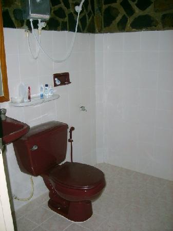 Lanta Island Resort: bathroom