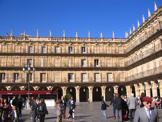 Salamanca, Spain: plaza mayor par beau temps