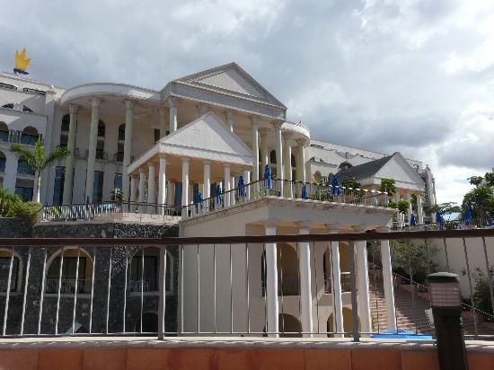 Bahia Princess: back of hotel