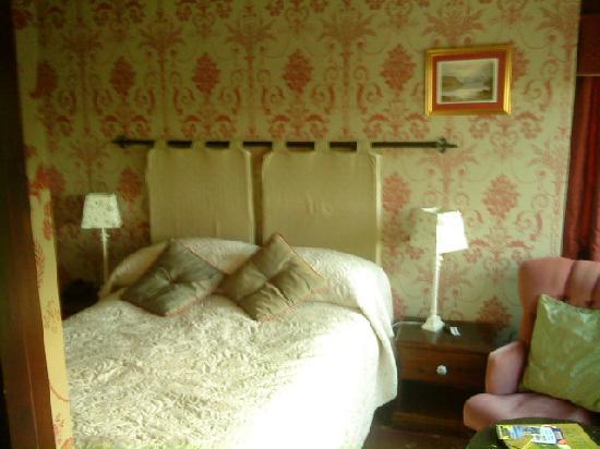 Cedar Manor Hotel and Restaurant: Coniston Room2