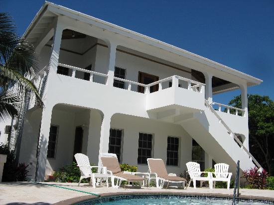 Cocotal Inn